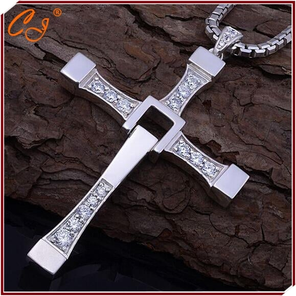 Dominic Toretto S Cross Necklace From Fast And Furious